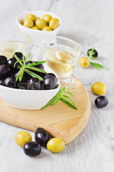 olives on a cutting board Stock photo © saharosa