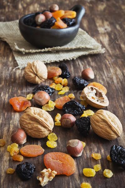 Séché fruits noix vieux bois Photo stock © saharosa