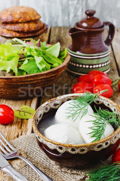 Mozzarella friss sajt spenót paradicsomok öreg Stock fotó © saharosa