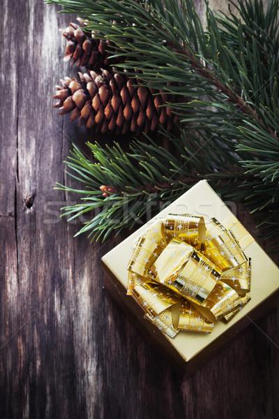 Noel hediye kutusu ladin fikir Stok fotoğraf © saharosa