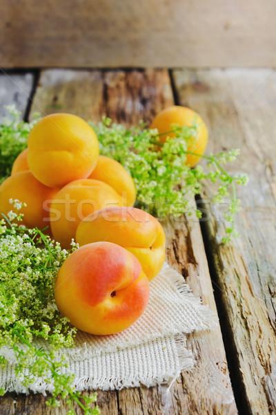зрелый абрикос старые диета продовольствие Сток-фото © saharosa