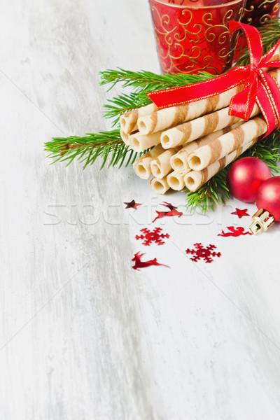 Noel kurabiye süslemeleri ışık ahşap bo Stok fotoğraf © saharosa