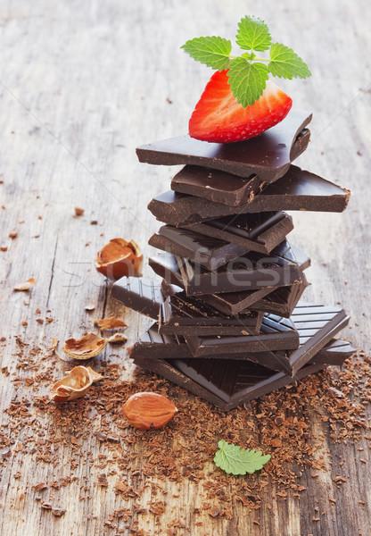 Foto d'archivio: Cioccolato · nocciola · fresche · fragole · vecchio · legno