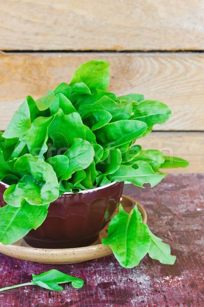 Friss levelek tányér öreg fából készült egészség Stock fotó © saharosa