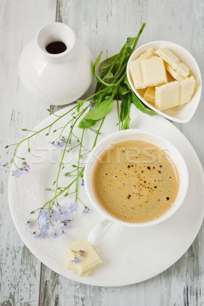Fincan kahve fincanı kahve beyaz çikolata mavi Stok fotoğraf © saharosa
