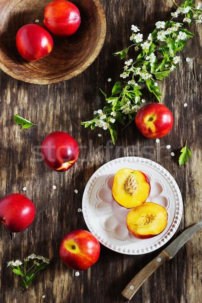 Olgun sulu eski ahşap sağlık diyet Stok fotoğraf © saharosa