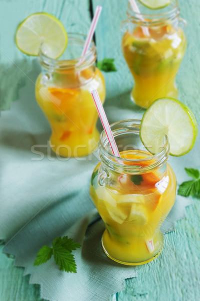 Narancs üdítőital gyümölcs zöld fából készült diéta Stock fotó © saharosa