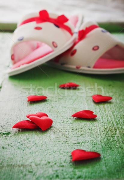 Rood valentijnsdag slippers groene houten vakantie Stockfoto © saharosa