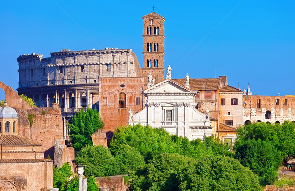 Roman Forum ruine faimos vechi colosseum Imagine de stoc © sailorr