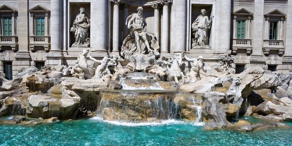 Trevi Çeşmesi ünlü Roma İtalya gökyüzü Stok fotoğraf © sailorr