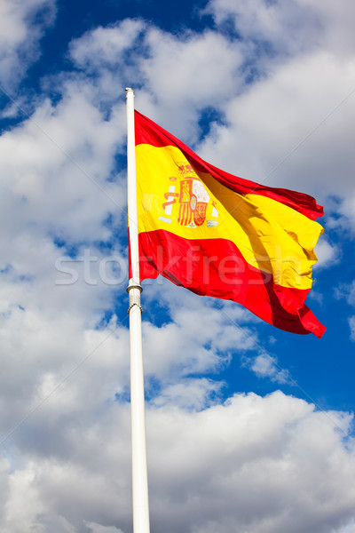 Spaanse vlag vlag Spanje blauwe hemel bewegende wind Stockfoto © sailorr
