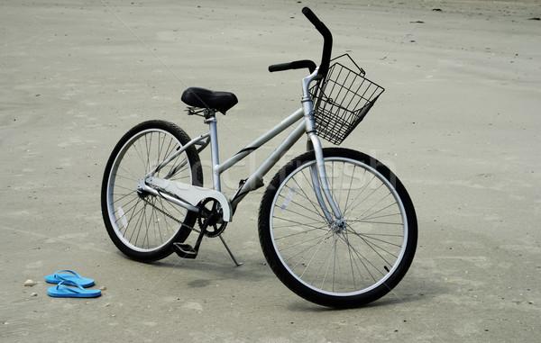 Stockfoto: Strand · fiets · paar · natuur · zee