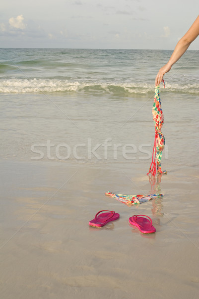 Sovány kar felső lövés mutat tengerpart Stock fotó © saje