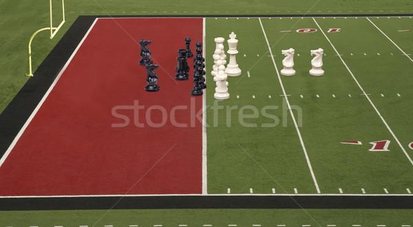 échecs football objectif ligne rouge pièces d'échecs Photo stock © saje