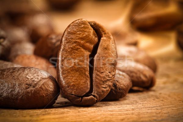Coup grain de café bois café groupe Photo stock © Sandralise