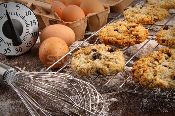 Frissen sült mazsola sütik sütő étel Stock fotó © Sandralise