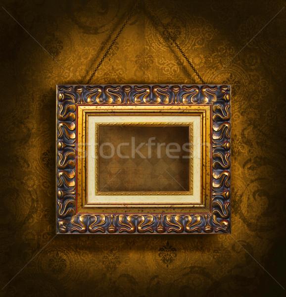 Oro cornice antica carta da parati carta muro metal Foto d'archivio © Sandralise