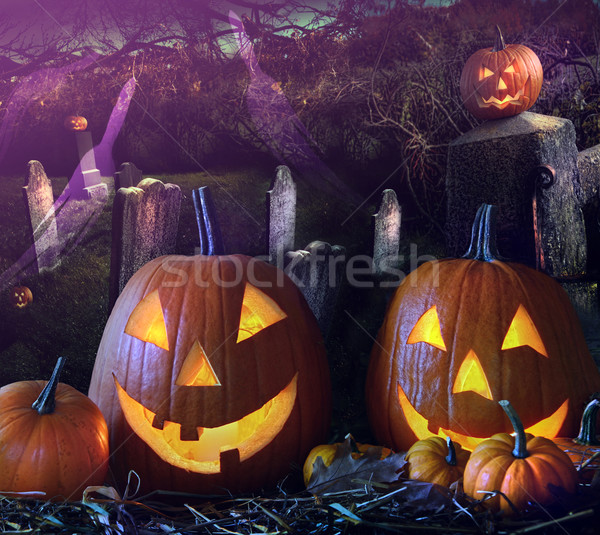 Halloween abóboras grave nuvens sorrir feliz Foto stock © Sandralise