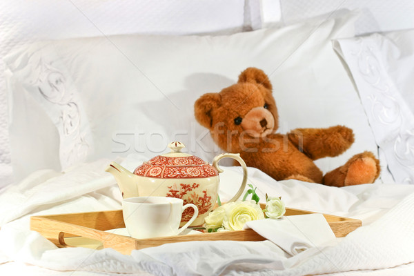 Thee bed teddy witte steeg klok Stockfoto © Sandralise