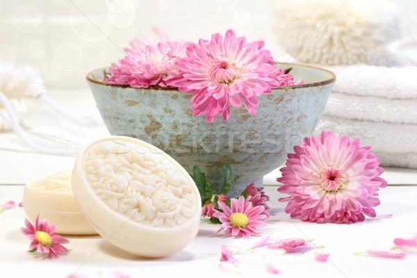 Foto stock: Estância · termal · cena · rosa · flores · água · crisântemo
