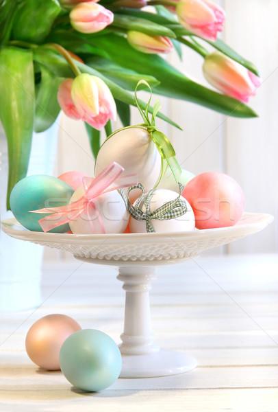 Gekleurde eieren bogen tulpen Pasen voedsel natuur Stockfoto © Sandralise