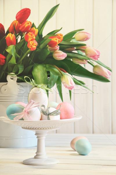Gekleurde eieren bogen tulpen bloem gelukkig ei Stockfoto © Sandralise