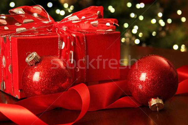 Foto d'archivio: Rosso · Natale · regalo · ornamenti · albero · presenti