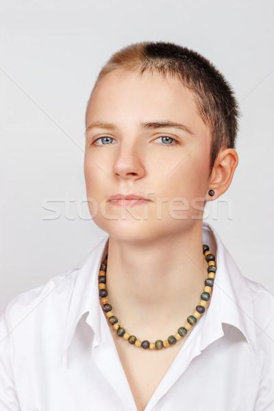 женщину короткие волосы красивая женщина белый рубашку Сток-фото © sapegina