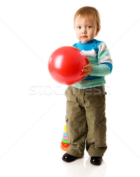 Stockfoto: Jongen · spelen · weinig · bal · geïsoleerd · witte