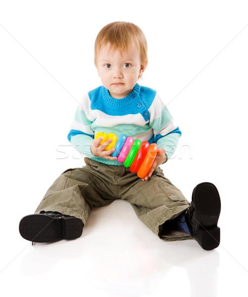 Stockfoto: Jongen · spelen · kleurrijk · piramide · speelgoed · geïsoleerd