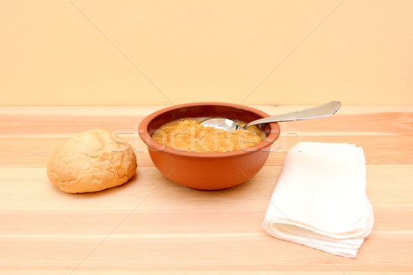 Stockfoto: Kom · soep · brood · rollen · lepel
