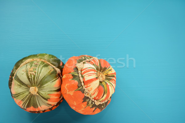 Dois turbante abóbora pintado atraente Foto stock © sarahdoow