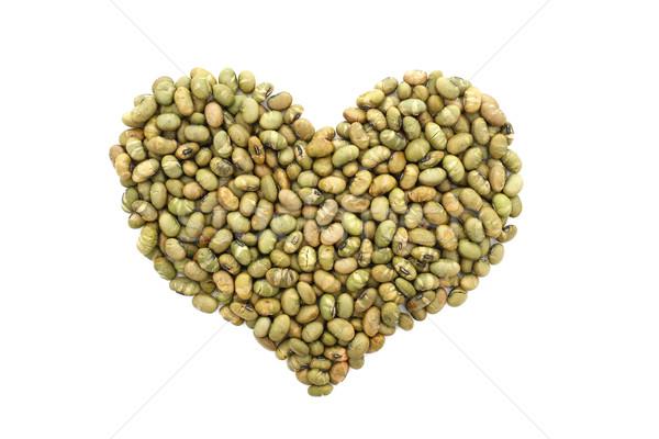 Gezouten sojasaus noten hartvorm geïsoleerd Stockfoto © sarahdoow