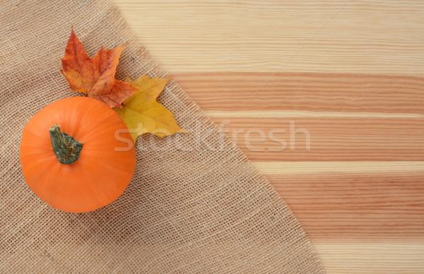 Pompoen jute materiaal houten tafel exemplaar ruimte Stockfoto © sarahdoow