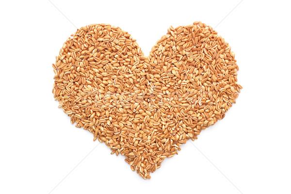 Foto stock: Forma · de · corazón · aislado · blanco · trigo · grano · macro