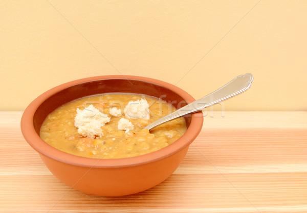 Zupa jarzynowa rozdarty chleba sztuk górę puchar Zdjęcia stock © sarahdoow