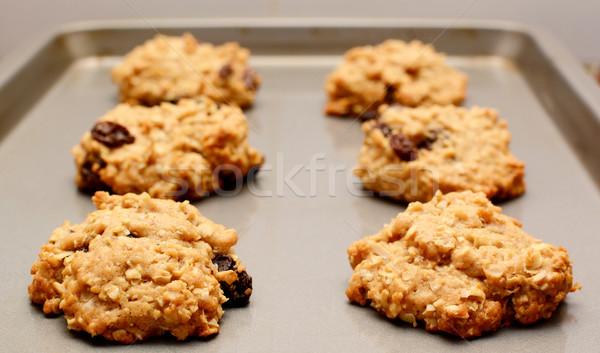 Kuru üzüm kurabiye soğutma levha Stok fotoğraf © sarahdoow