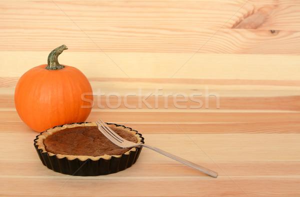 Foto stock: Tenedor · pequeño · calabaza · pie · madera · mesa · de · madera