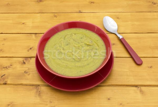 Tele tál zöld leves kanál fa asztal Stock fotó © sarahdoow