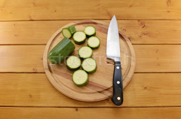 Courgette couteau planche à découper fraîches vert Photo stock © sarahdoow
