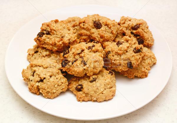 Kuru üzüm kurabiye taze fırın plaka Stok fotoğraf © sarahdoow