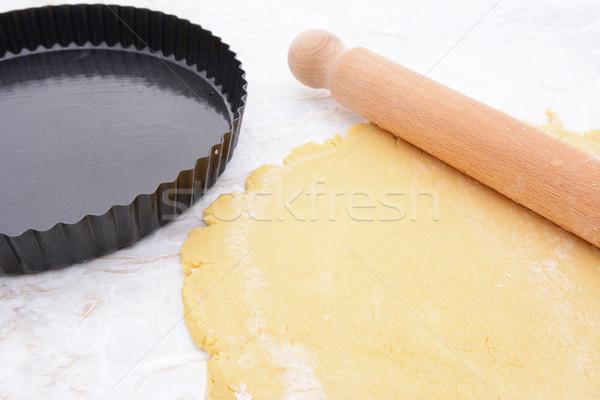 Sütés konzervdoboz sütemény sodrófa tekert ki Stock fotó © sarahdoow