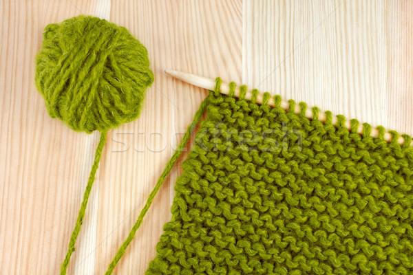 Groene wol kouseband steek naald Stockfoto © sarahdoow