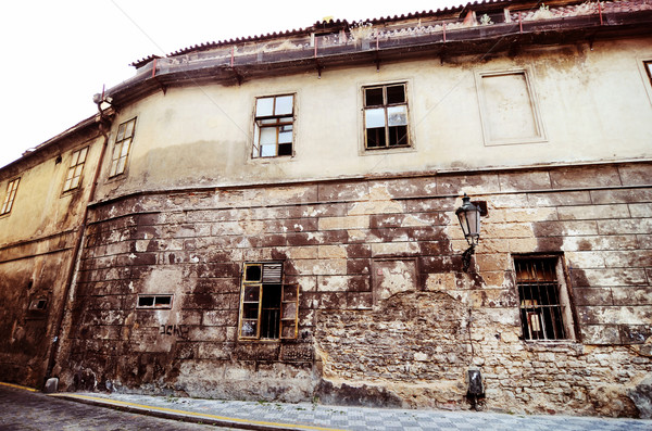 Elpusztított ház épület ablak Európa ijesztő Stock fotó © Sarkao