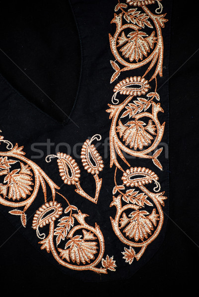 Borduurwerk zwarte jurk indian Geel draad Stockfoto © Sarkao