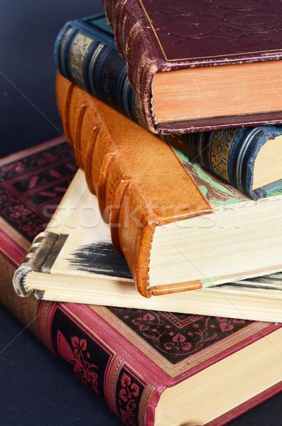 Antika kitaplar kâğıt kitap okuma Stok fotoğraf © Sarkao