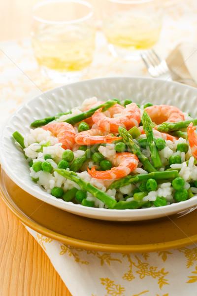 Asperges garnalen risotto Italiaans groene voedsel Stockfoto © sarsmis
