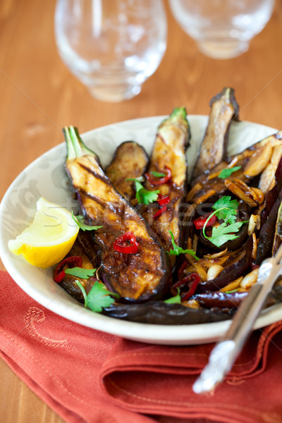 Gegrild gember voedsel plaat peper lunch Stockfoto © sarsmis
