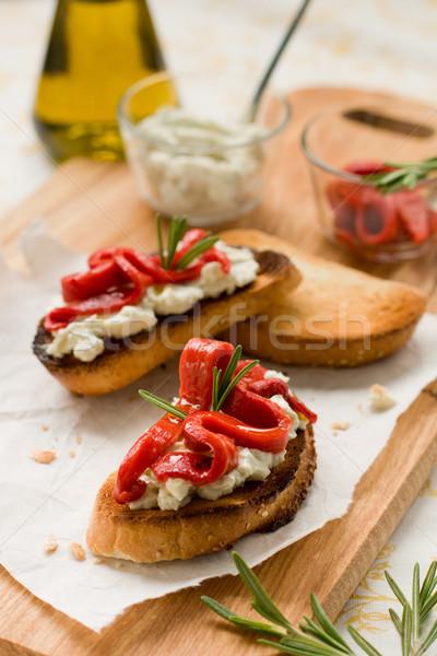 Bruschetta campana queso romero Foto stock © sarsmis