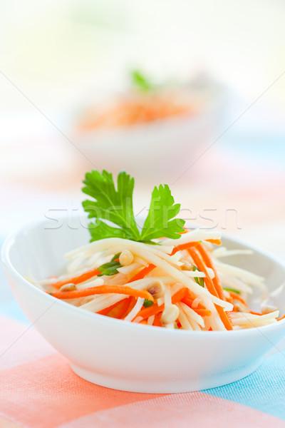 Wortel salade pine voedsel blad Stockfoto © sarsmis